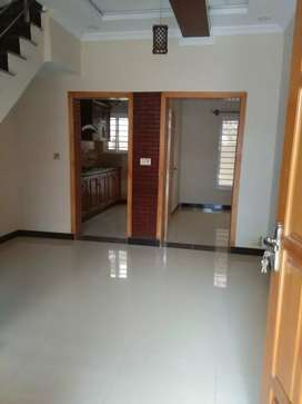 G-13  25*40 (4 Marla) Beautiful house for rent