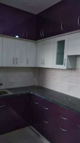 2+1 bhk with study room all wooden work complete available on rent