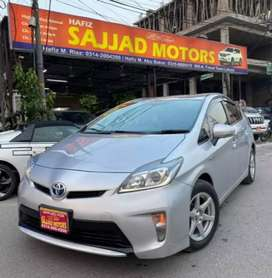 Toyota Prius S Package Genuine Condition Non Accidental