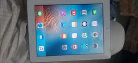 Apple ipad 2 in 9/10 condition