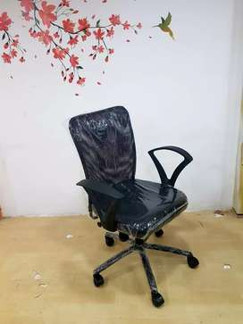 New brand revolving chair in direct factory price.