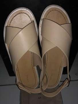 Sepatu Sendal Wanita (VnC)