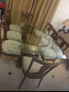 8 SEATS GLASS TOP DINNING TABE
