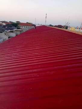 Kontruksi baja ringan untuk rangka atap dengan atap sepandek pasir