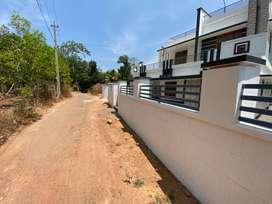 House Plot 9cent in Chappathmukku,Near NH 47Chathampara
