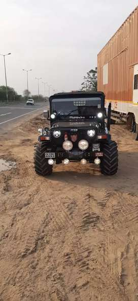 Sandeep jeeps From Mandi Dabwali