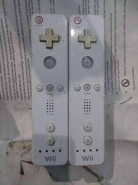 Nintendo Wii game remotes
