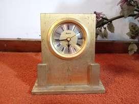 Jam Meja Artex Quartz bahan kuningan