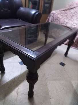 Set of 3 glass fitted table