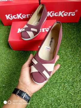 Sepatu indah Kickers