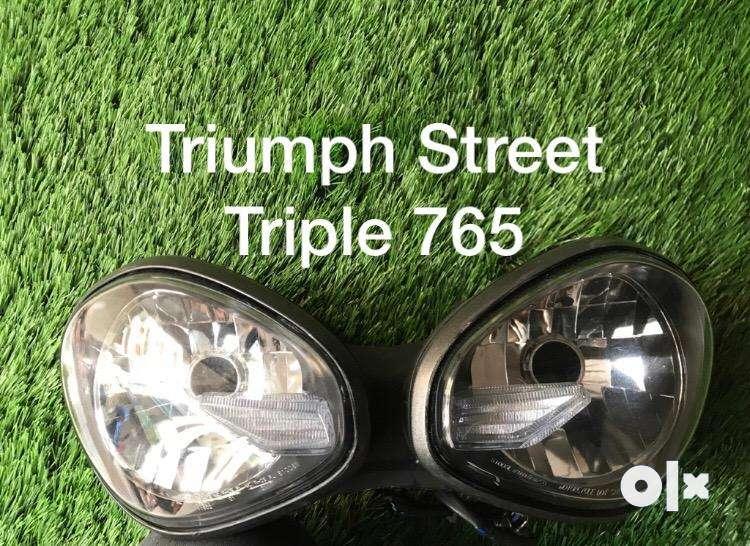 Triumph Daytona-Street Triple-Tiger 800-Street Triple 765 0