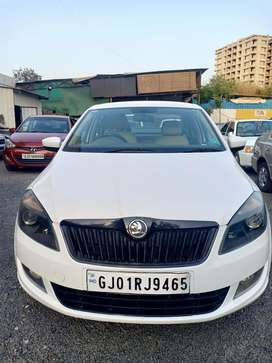 Skoda Rapid 1.5 TDI CR Elegance Plus Black Package AT, 2015, Diesel