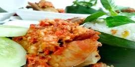 Judes (nasi ayam gepuk sambal spesial)