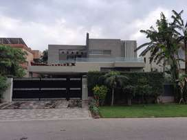 1 kanal fully furnished bungalow for sale in phase 5