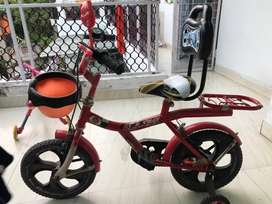 1 year old Kid's Bike with 1 year warranty left