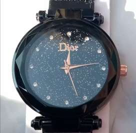 Magnetic watch for girls