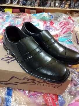 Ready Sepatu kantor