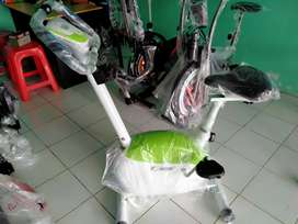 Magnetik bike hijau