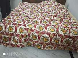 Brand new and unused double bed quilt polyfill