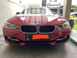 DIJUAL BMW 320i F30 SPORT ISTIMEWA TANGAN 1