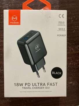 Mcdodo 18 watt PD + USB(QC) ultra fast charger