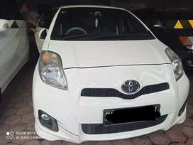 Yaris 2012 s limited matic