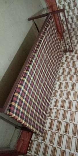 Rooms available in new adarsh nagar roorkee near by jain mandir