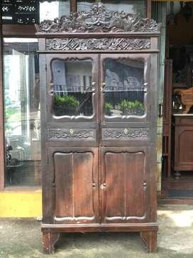 lemari jawa antik tua
