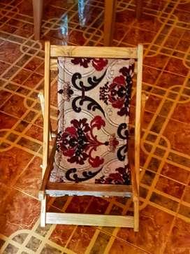 Baby adjustable chair. New item. Price 1000
