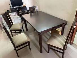 Dining with 4 chairs