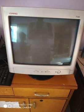 CRT Compaq monitor