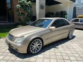 Mercedes Benz W203 C240 Elegance