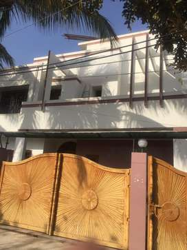 500 yards bungalow portion available for rent