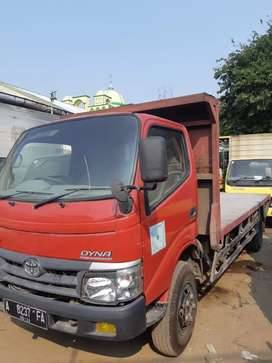 Toyota dyna dutro 130 XT long thn 2011 dobel los bak power