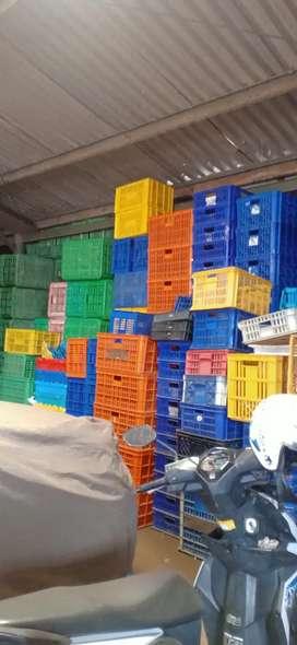 Jual beli keranjang plastik / Box kontainer