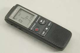 Sony Digital Voice Recorder with Flash 2 GB and MP3