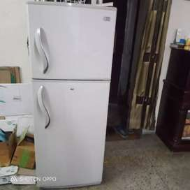 LG double doors refrigerator 352 ltrs(only cash transection accepted)