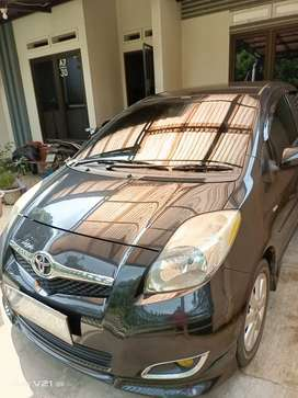 Yaris S limited 2011