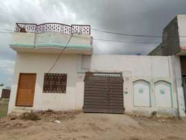 10 Marla House for sale 3 badrooms with 4 Attach bath with beathak