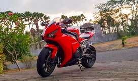 HONDA CBR 1000RR RED TAHUN 2013