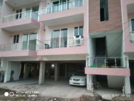 3bhk semi furnished flat for rent