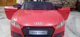 Kids Audi TTRS ride on car.Rarely used for only 3months