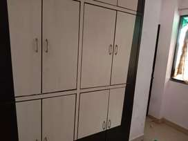Independent flat for rent in Trimurti Ngr sq