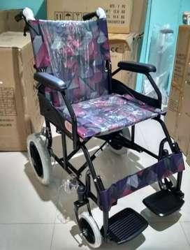 Kursi roda travelling gea ban kecil