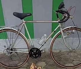 Sepeda Balap Jadul merk Yokota Japan kondisi NOS