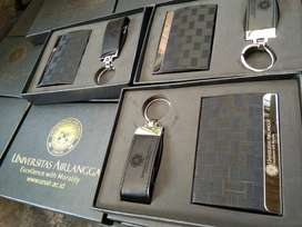 Souvenir Giftset Flashdisk Bulpen Gantungan Kunci Tumbler Agenda