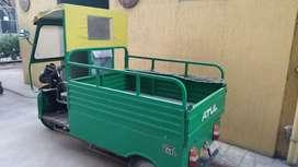 Loading rickshaw electric