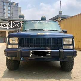 Jeep cherokee xj 4x4 Limited good condition