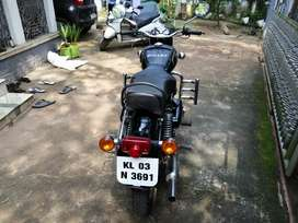 Good condition and well maintained old model kerala registered bullet