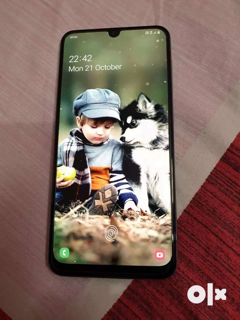 1month old samsung galaxy A50s with 1 Year insurance 0